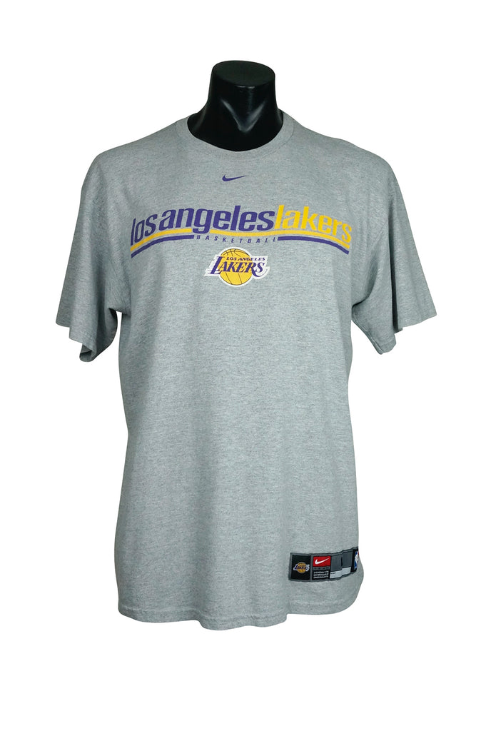 97317e7db3e 90s Los Angeles Lakers Nike T-Shirt – Percy s Vintage and Collectibles
