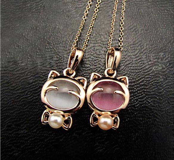 Cute Kitty Pearl Necklace - Two Stupid Cats