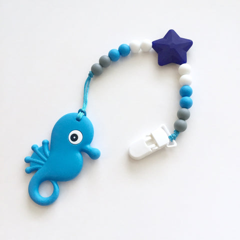 The Maya Teething Clip | Seahorse