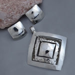 Plain and Hammered Rhombus Set