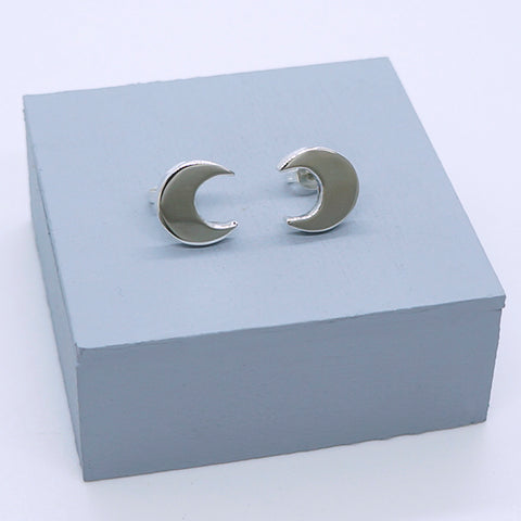 Crescent Moon Stud Earrings 10mm