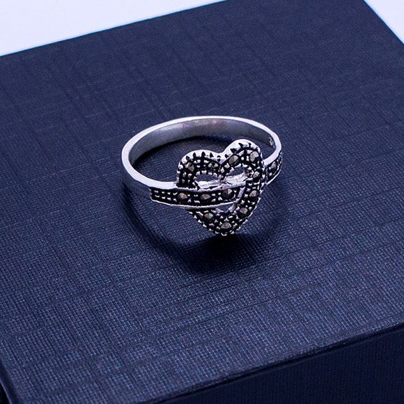 Marcasite Knot Heart Ring #7.5