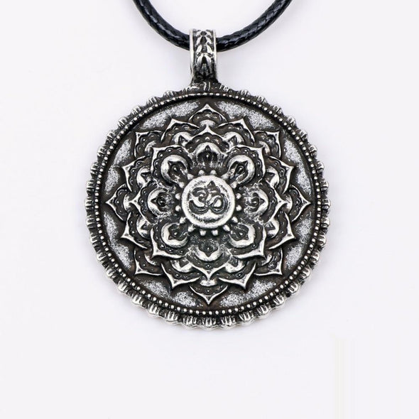 Collier Mandala Lotus Om