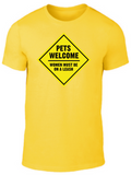 PETS WELCOME WOMEN Tee