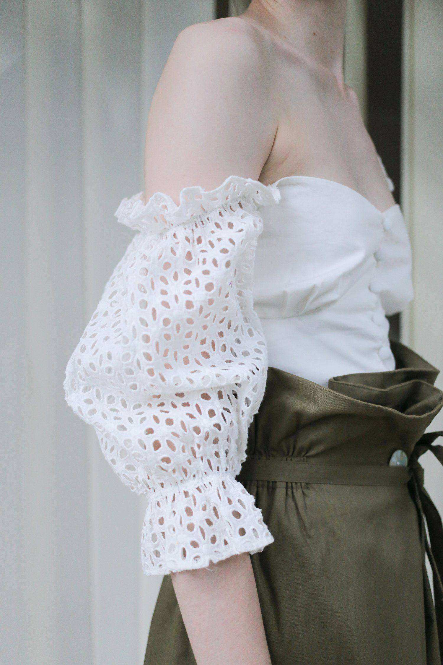 Ally Blouse White Daisy - EESOME