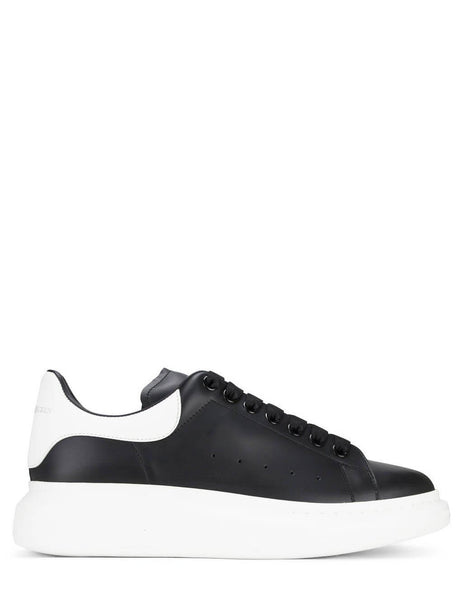 Alexander McQueen Men's Black/White Oversized Sneakers 553680WHGP51070