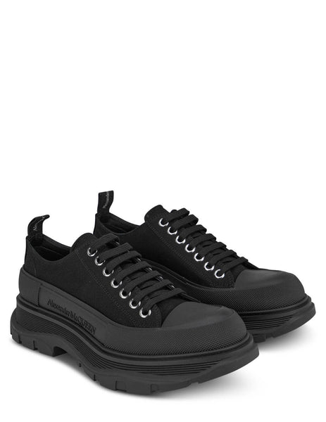 Men's Alexander McQueen Tread Slick Sneakers in Black - 611705W4L321000