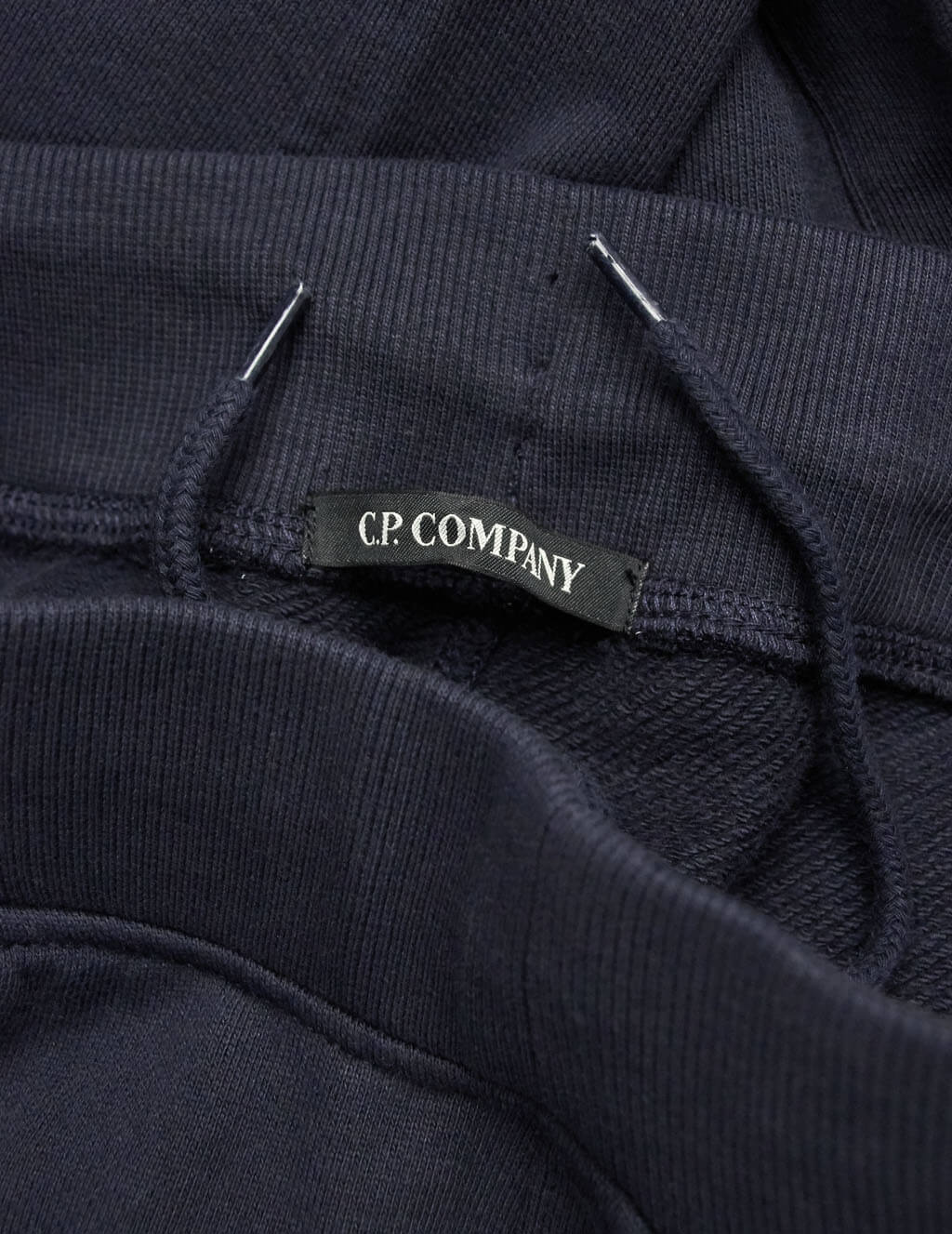 C.P. Company Men's Giulio Fashion Navy Circular Badge Sweatpants 07CMSS004A005086W888