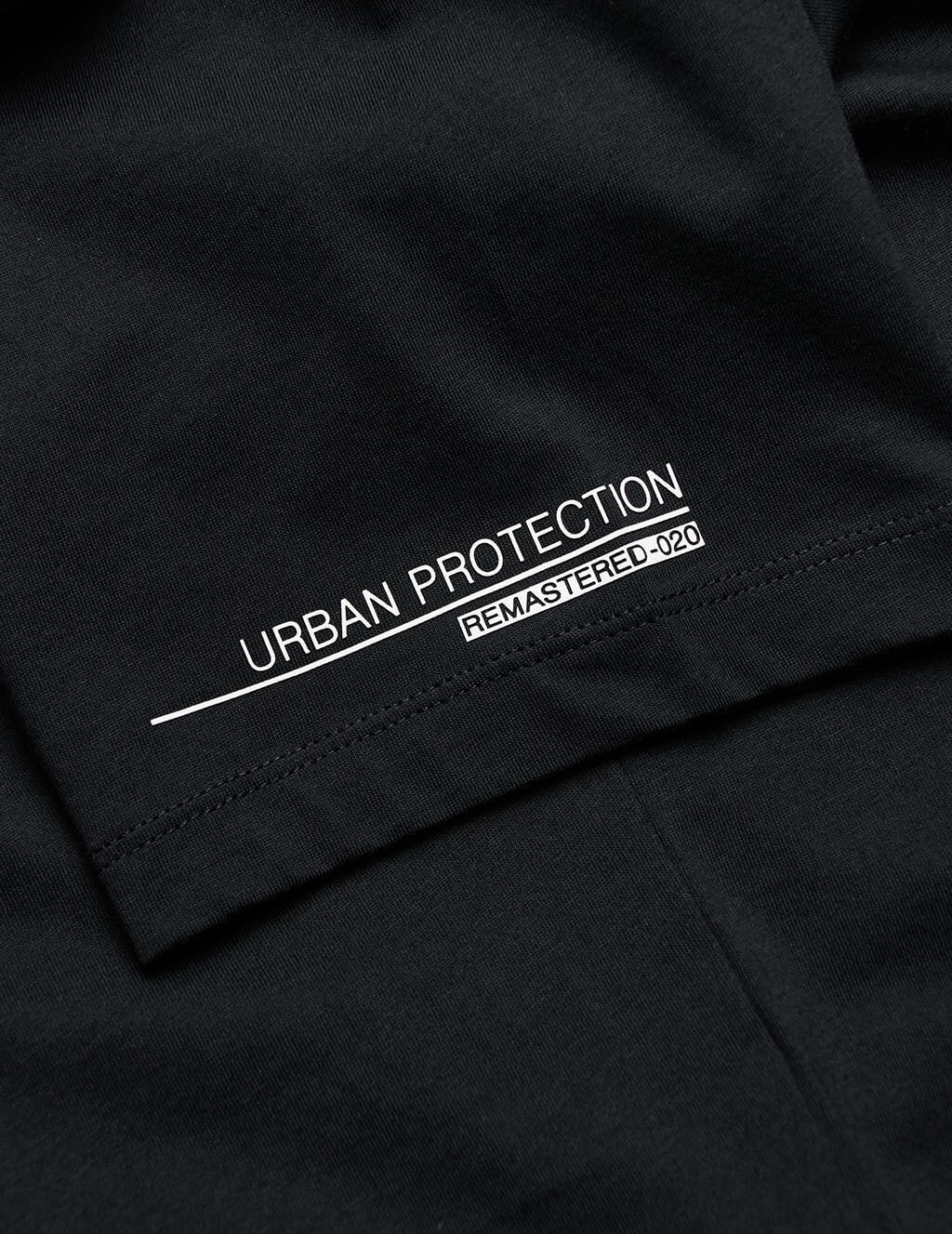 C.P. Company Men's Black Urban Protection T-Shirt MTS164A005100W999