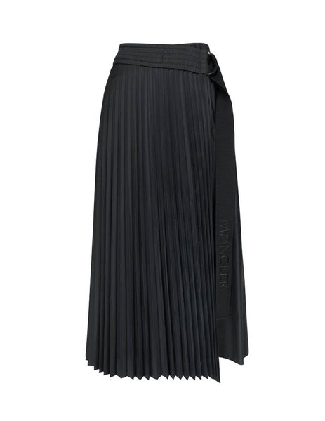 Women's Moncler Pleated Skirt in Black. 0932D71810C0382999