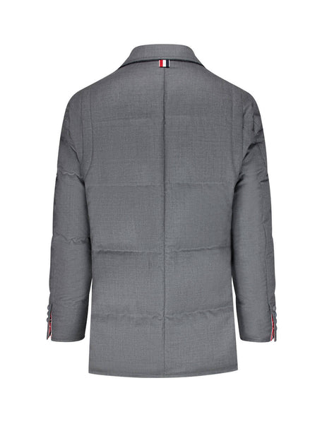 Men's Thom Browne Super 120s Twill Coat in Medium Grey. MJD069X00626035