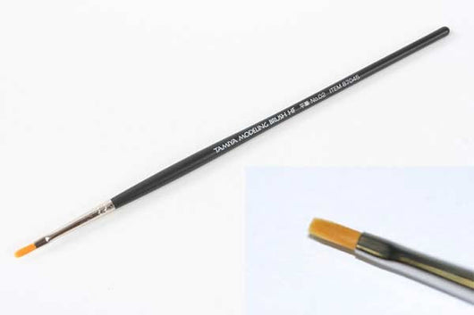 Tamiya Modeling Brush - High Finish Flat Brush No.02