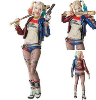 MAFEX  Suicide Squad - Harley Quinn