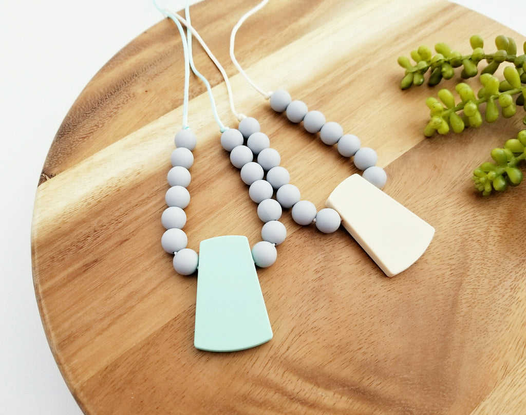 The Jillian Necklace Silicone Teething Necklace