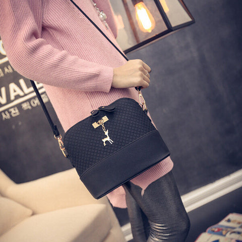 Fashion Mini Bag With Deer Toy Shell Shape Women Hand Bags