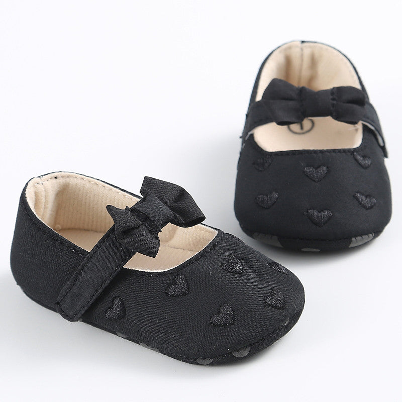 Baby Girl Cross Bow Heart Pre Walkers - Black – Shoezeys - Trendy ... 350fa57a4