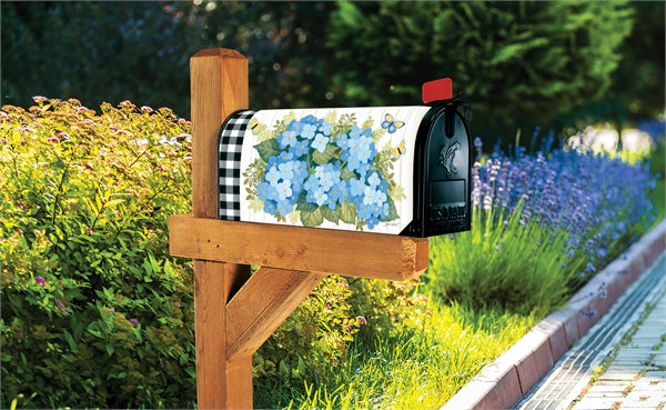 Studio-M Black & White Wellies Mailbox Wrap