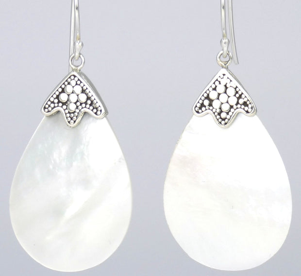 Indiri Collection SANUR Mother of Pearl Shell Drop Earrings