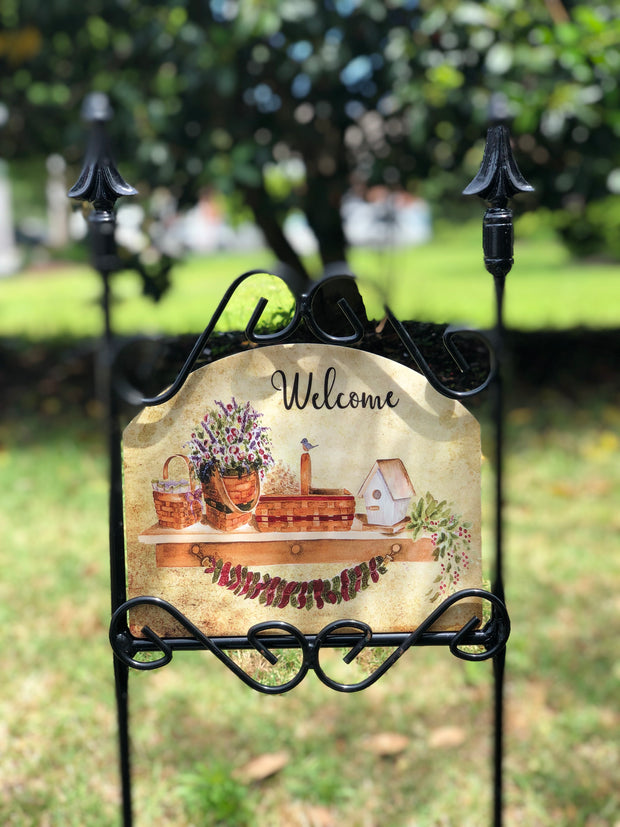 Heritage Gallery Basket Shelf Garden Sign