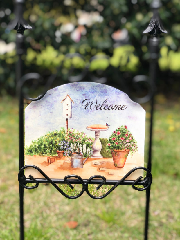 Heritage Gallery Birdbath Welcome Garden Sign