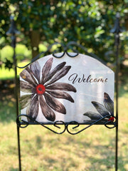 Heritage Gallery Black Daisy Welcome Garden Sign