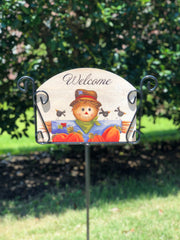 Heritage Gallery Hector the Scarecrow Garden Sign
