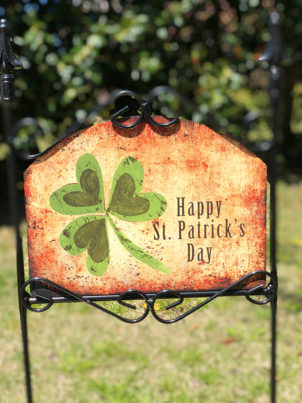 Heritage Gallery Happy St Patrick's Day Garden Sign