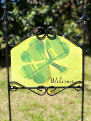 Heritage Gallery Plaid Shamrock Garden Sign