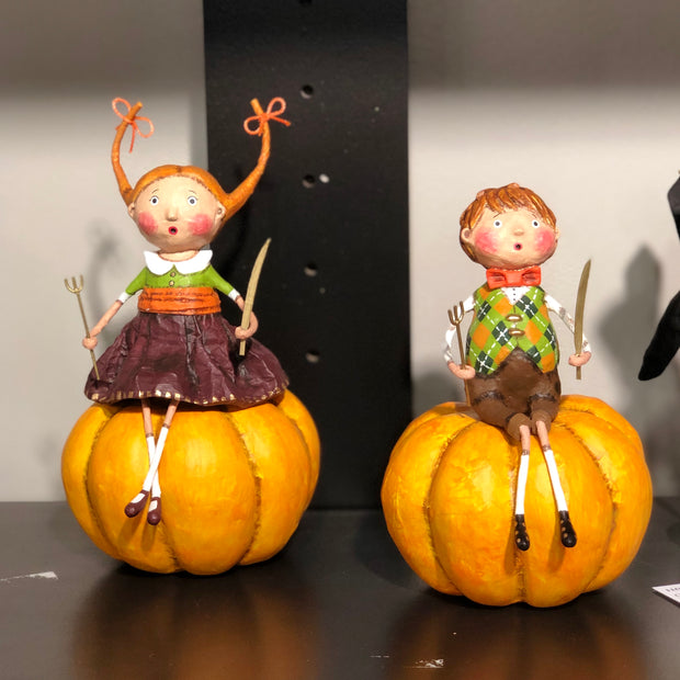 ESC & Co. Prissy & Peter Pumpkin Eater by Lori Mitchell
