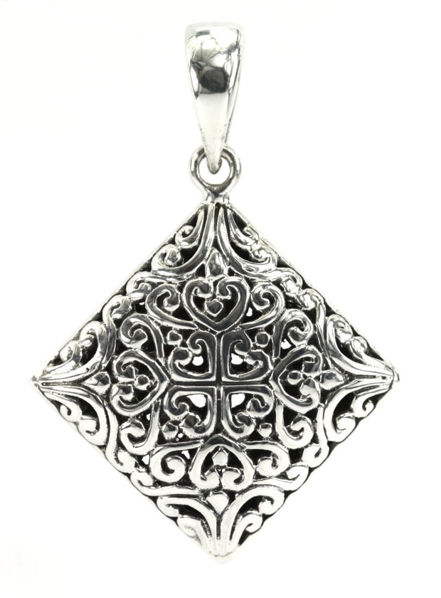 DEWI Square Filigree Pendant