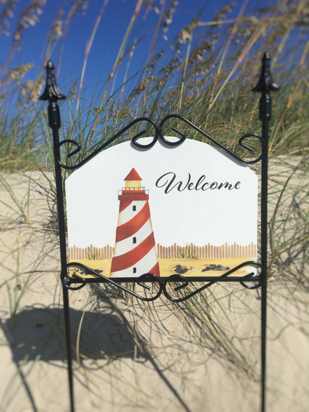 Heritage Gallery Red & White Lighthouse Welcome Garden Sign
