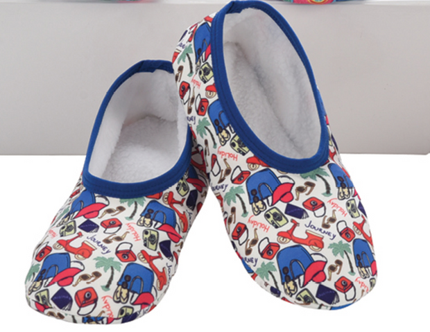 Skinnies Snoozies Slippers - Travel Print