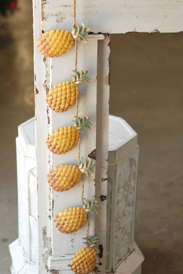 "Vintage Floral Imports Painted Pineapple Garland, 46""L"