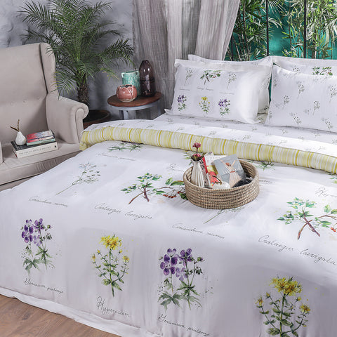 Botanical Flower - Quilt Cover