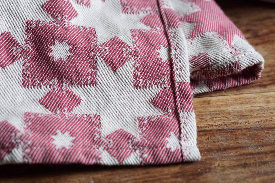 Nordic Star Red Woven Wrap
