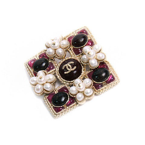 Vintage Chanel CC Faux Pearl Gemstone Brooch