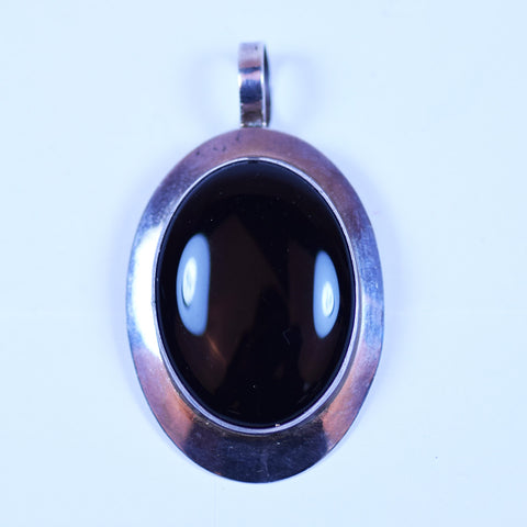 Ben J Chavez Signed Sterling Silver and Black Oval Onyx Pendant