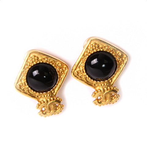Vintage Chanel Gold Tone Onyx CC Clip On Earrings