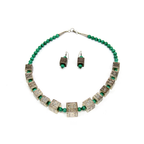 Set of Sterling Silver Native American Malachite Necklace and earrings