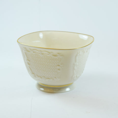 Lenox Canterbury Gold Trim Square Footed Candy Dish/ Bowl