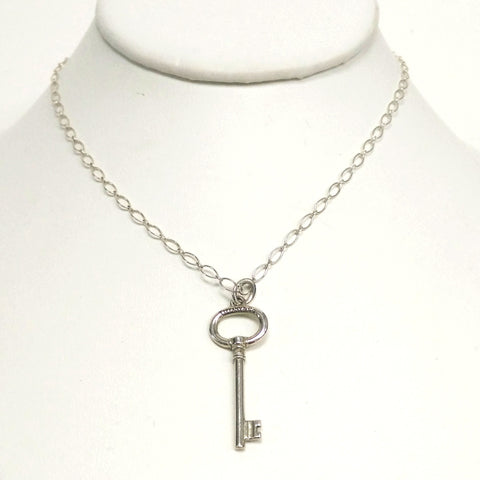 Tiffany & Co Sterling Silver Oval Key Pendant & Necklace 18in