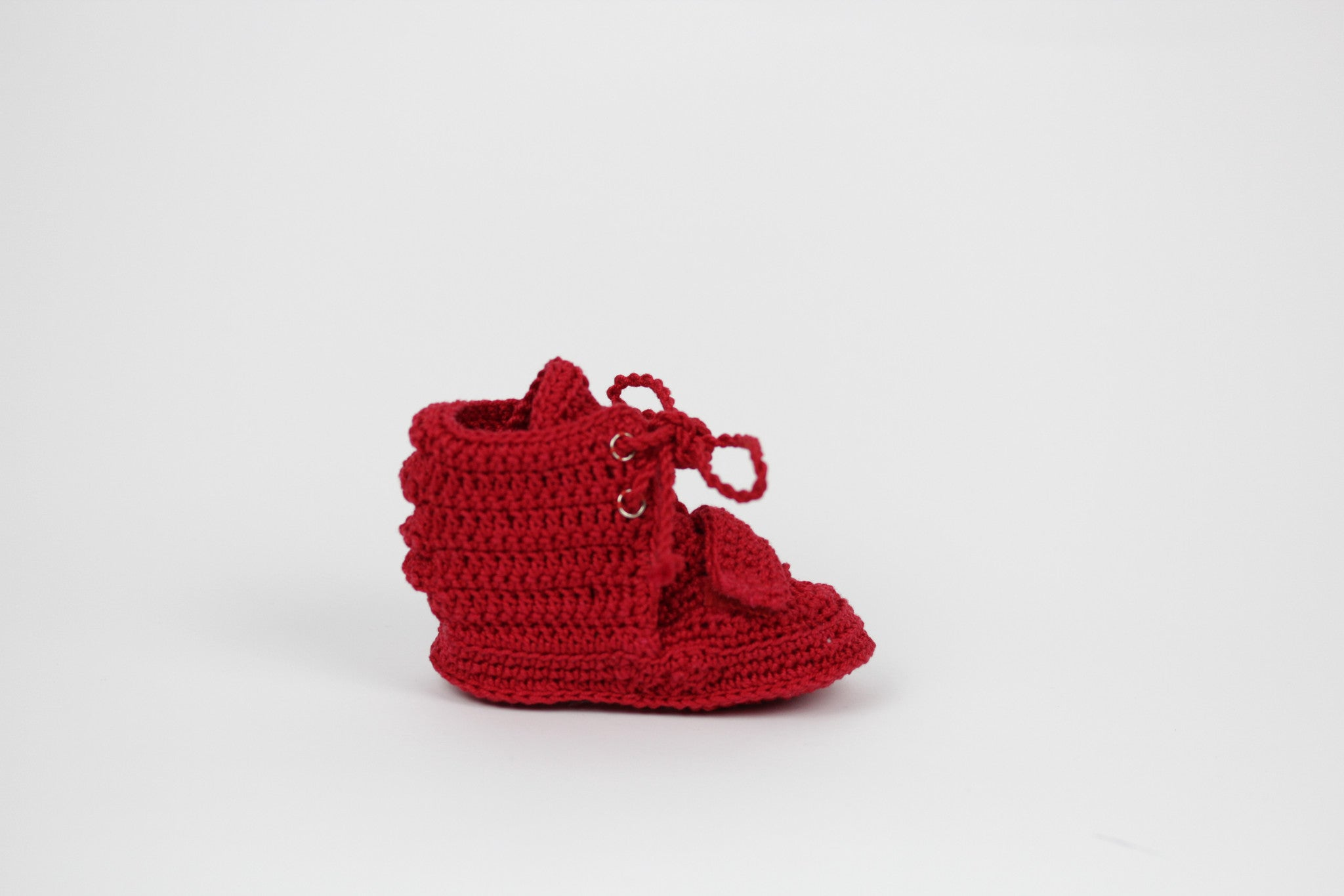 Romeobabe Red. Handmade booties from Spain.