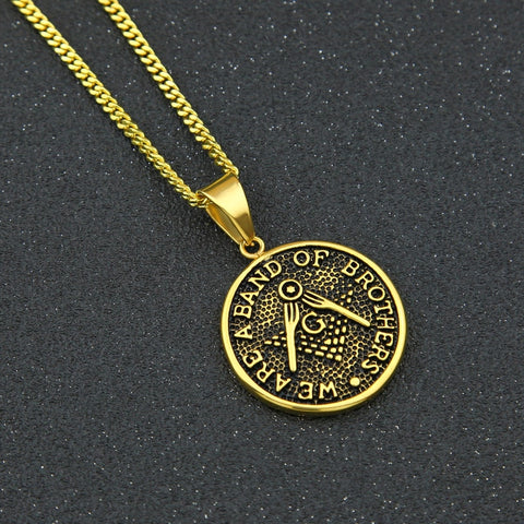 """We are a band of brothers"" Freemason necklace"