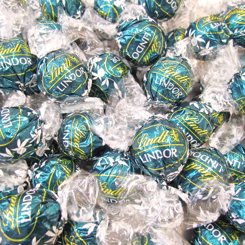Lindt Lindor UK Milk Salted Caramel