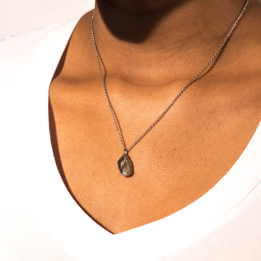 Mini car glass necklace - little round