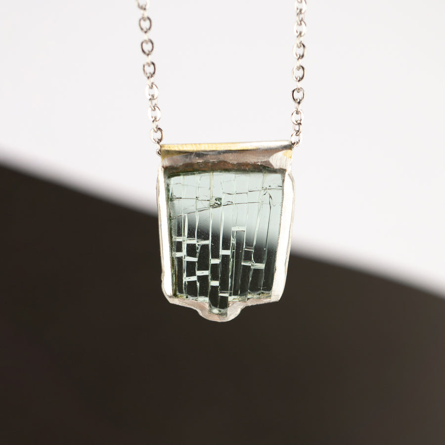 Auto Glass Necklace - Mid-size No. 08