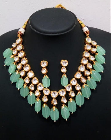 Kundan necklace with semi precious drops (4 colors)