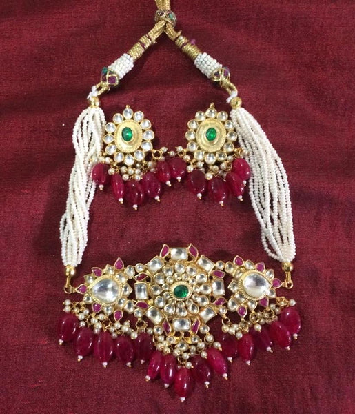 Pachi Kundan choker with embellished pearls
