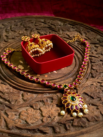 Grand kemp Attigai with Jhumkas