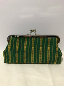 MEDIUM KISS LOCK CLUTCH - Bright Green